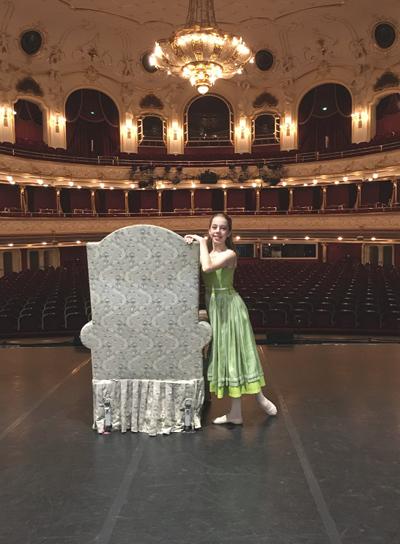 Clonlara Student - Dasha on Stage